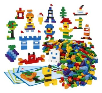 Creative LEGO Brick Set